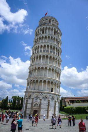 leaningtower1.jpg