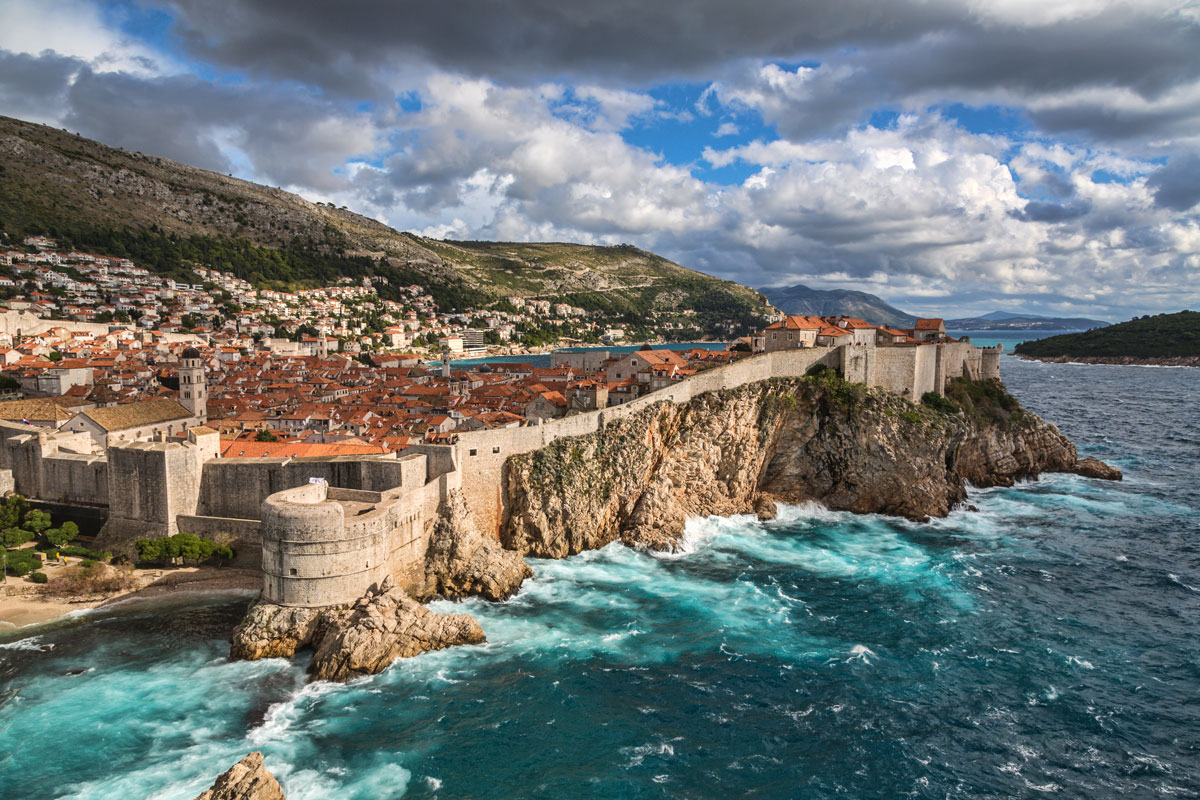 game of thrones map hd with Dubrovnik on Game Of Thrones Crise Westeros 4 Minutes likewise Game Of Thrones Season 7 Episode 2 Recap Flaming Ships And Demented Laughter furthermore Game Of Thrones Girona in addition Mapa Interactivo De Juego De Tronos furthermore Dubrovnik.
