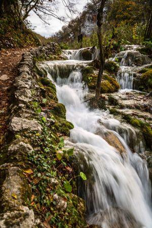 waterfall6.jpg