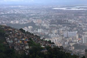 favelahill.jpg