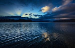 Sunrise on Lake Wakatipu