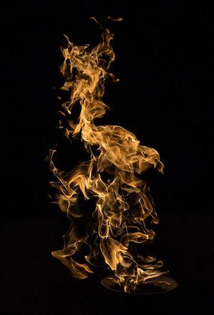 flamecloseup.jpg